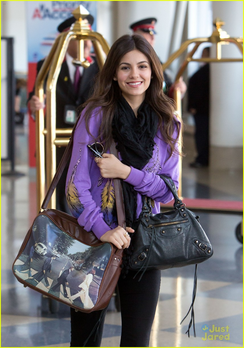 victoria justice allstate act 04