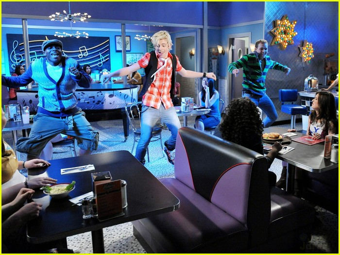 austin ally diner dater 09