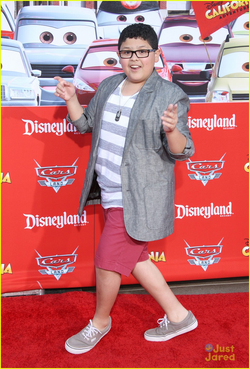 ariel winter cars land nolan rico 07