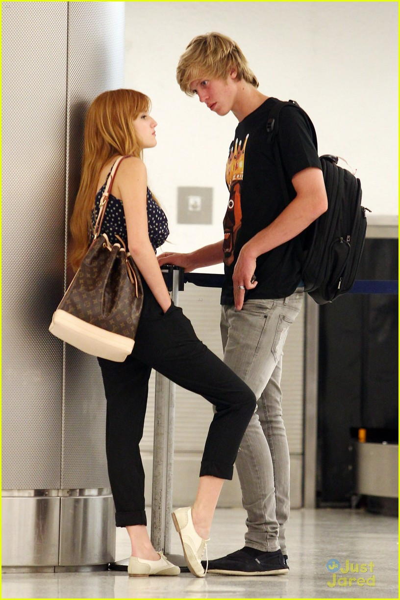 bella thorne miami landing 04