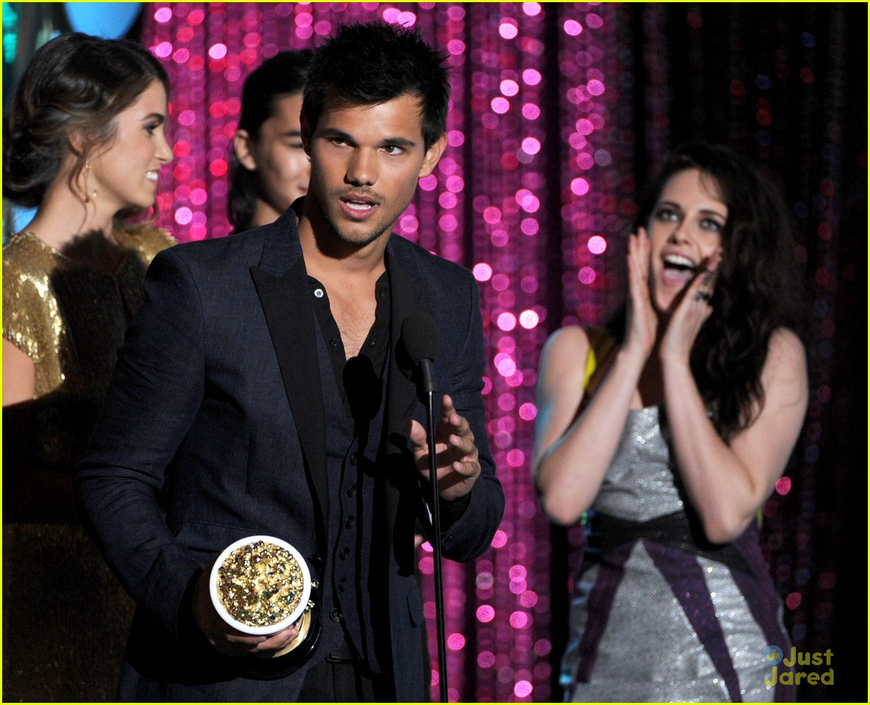 booboo stewart taylor lautner mtv movie awards 10