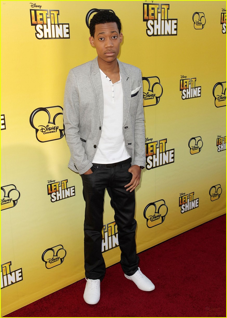 coco tyler trevor shine premiere 15