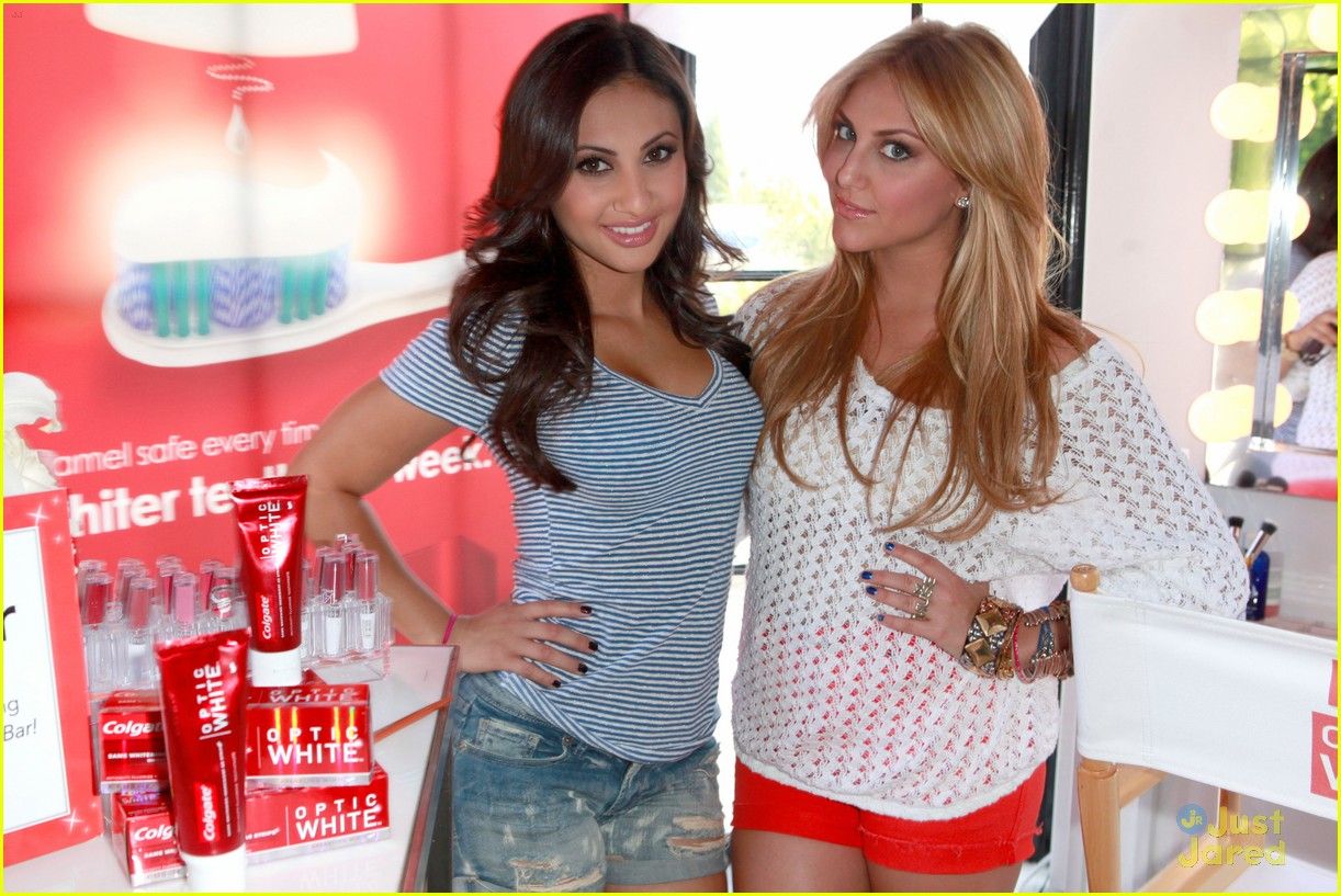 ashley tisdale colgate optic beauty bar 05