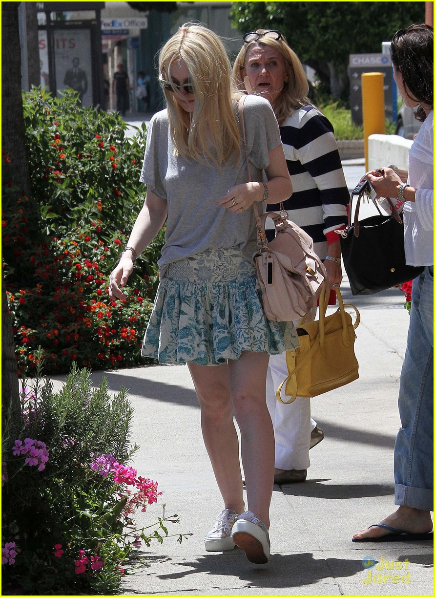 dakota fanning effie images 02