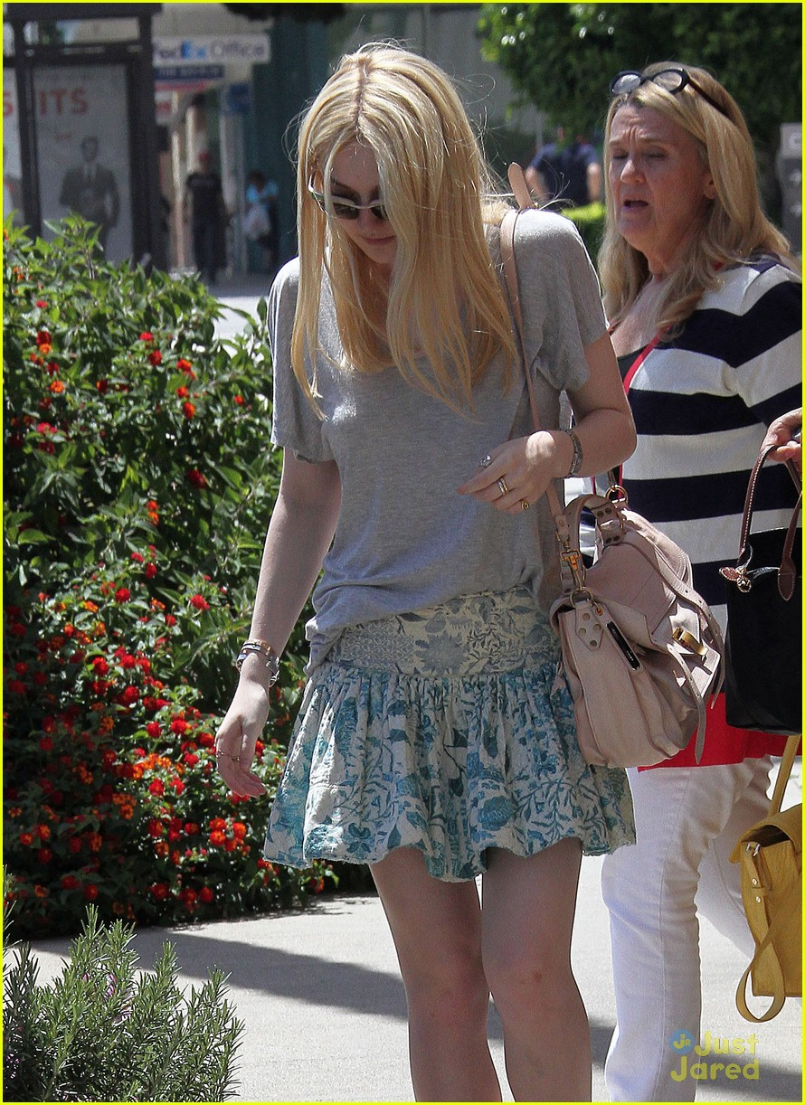 dakota fanning effie images 06