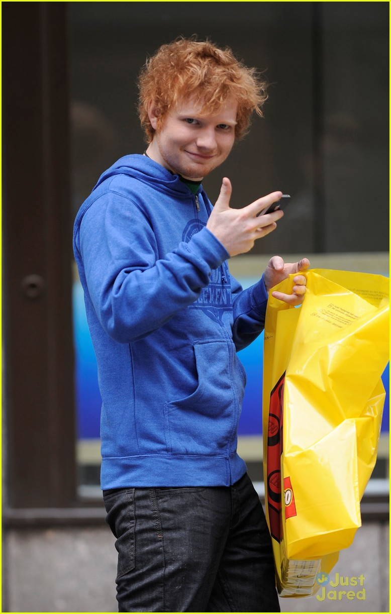 ed sheeran lego house 01