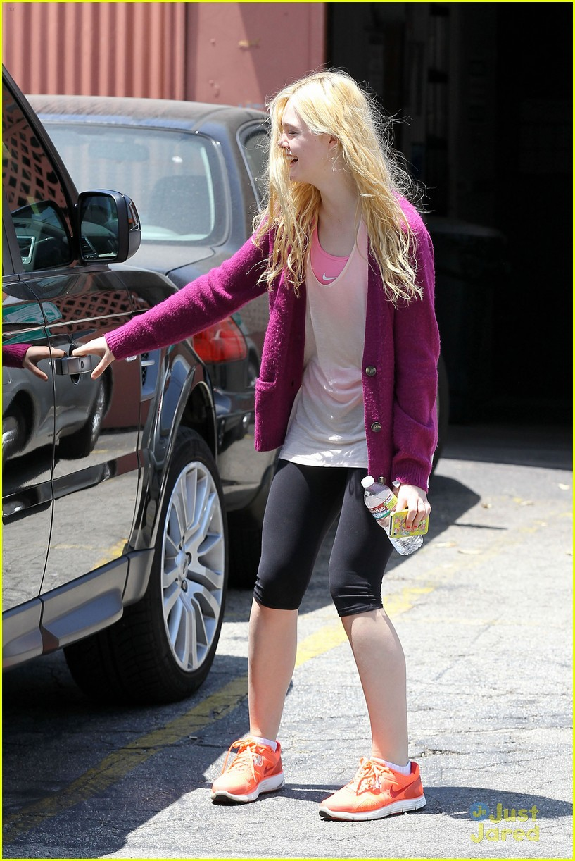 elle fanning maleficent juno temple 04