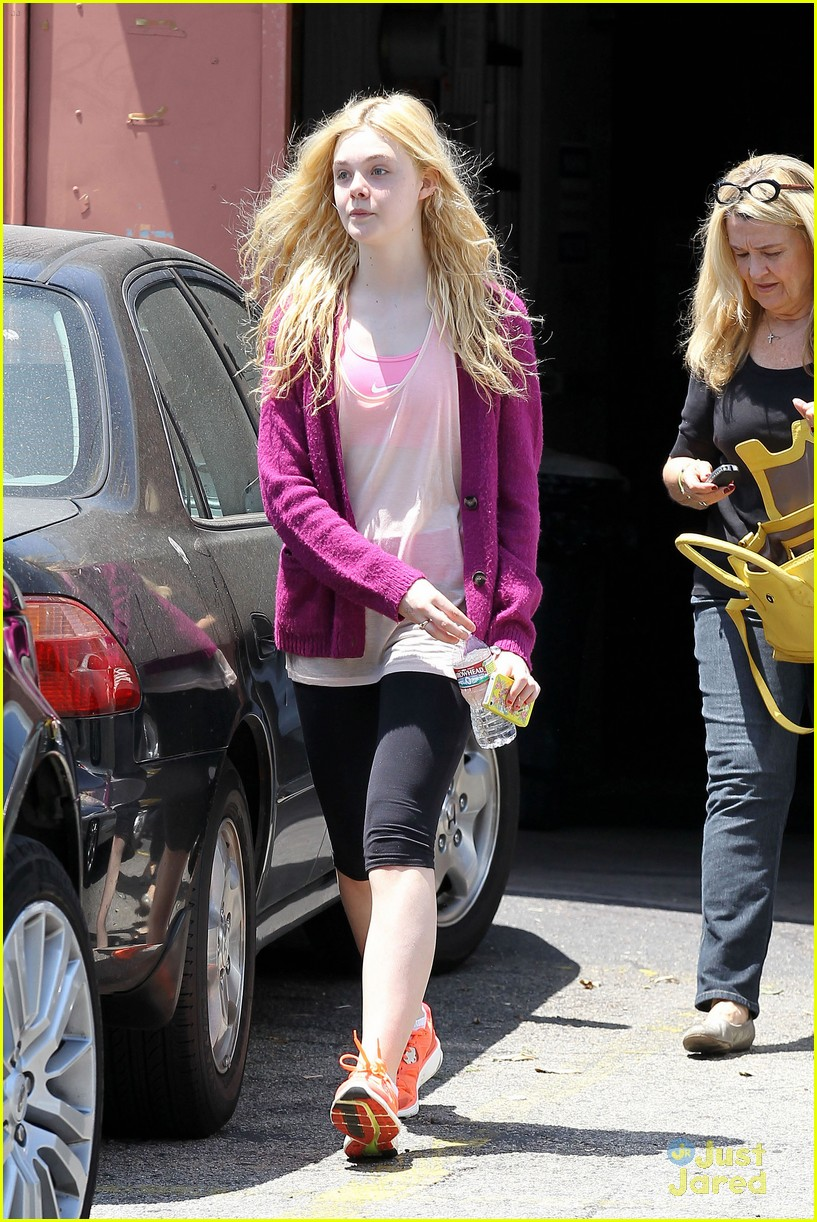 elle fanning maleficent juno temple 10