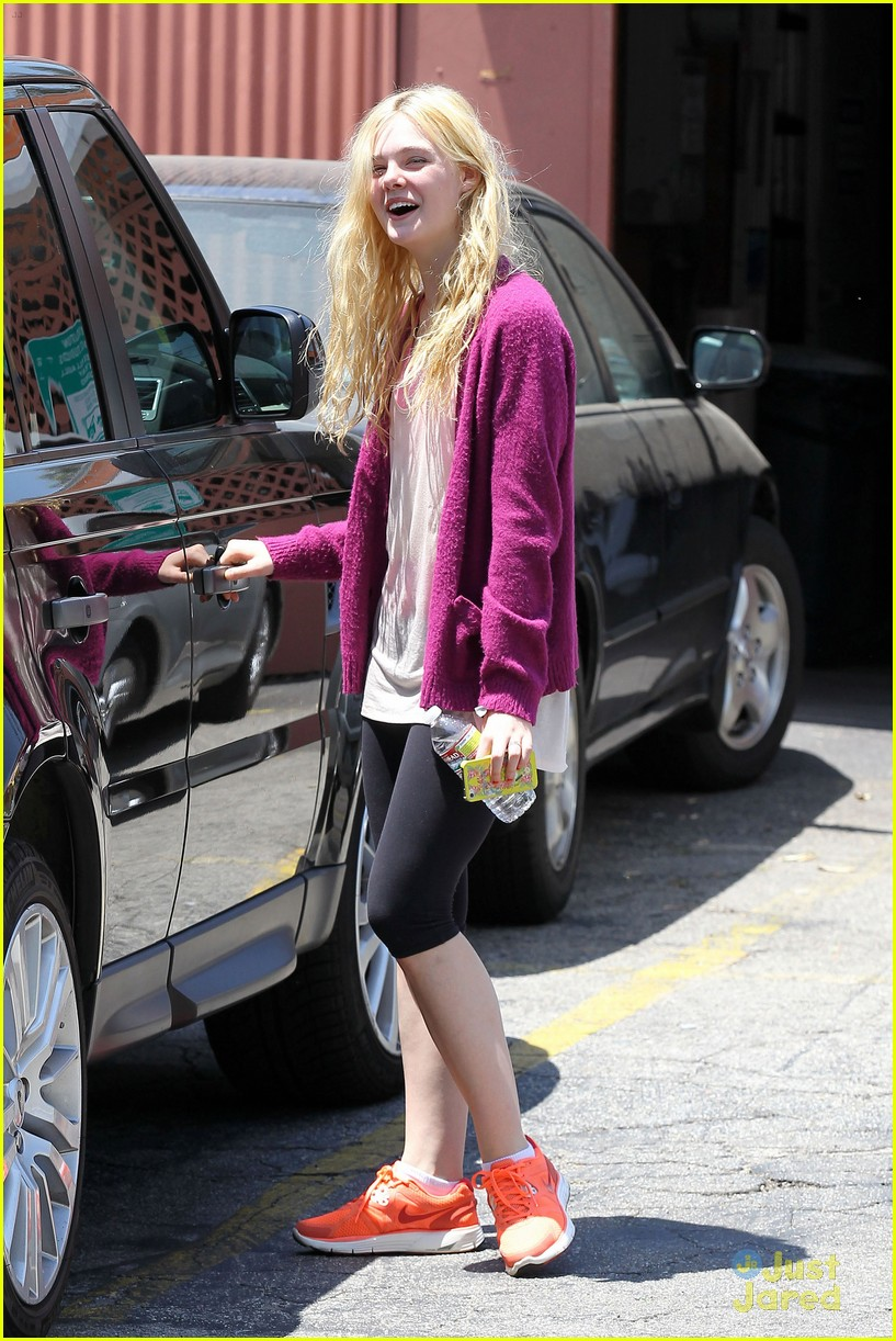 elle fanning maleficent juno temple 12
