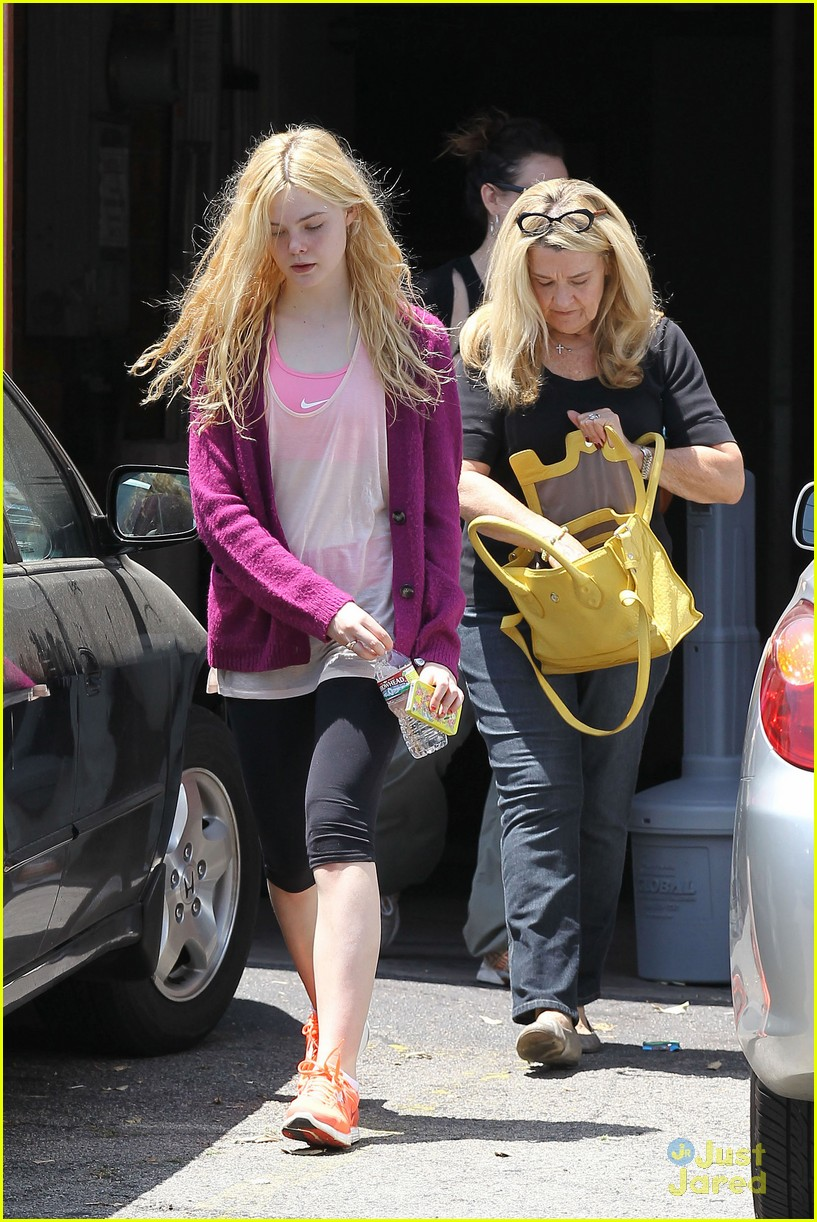 elle fanning maleficent juno temple 15