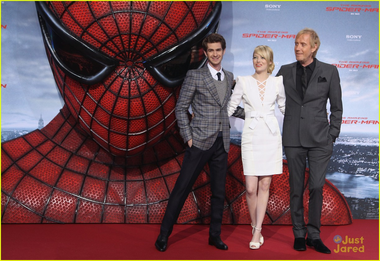 emma stone andrew garfield berlin 16