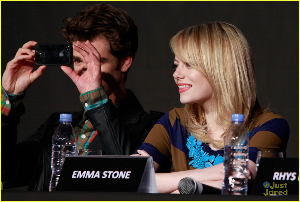 emma stone korea spiderman 11