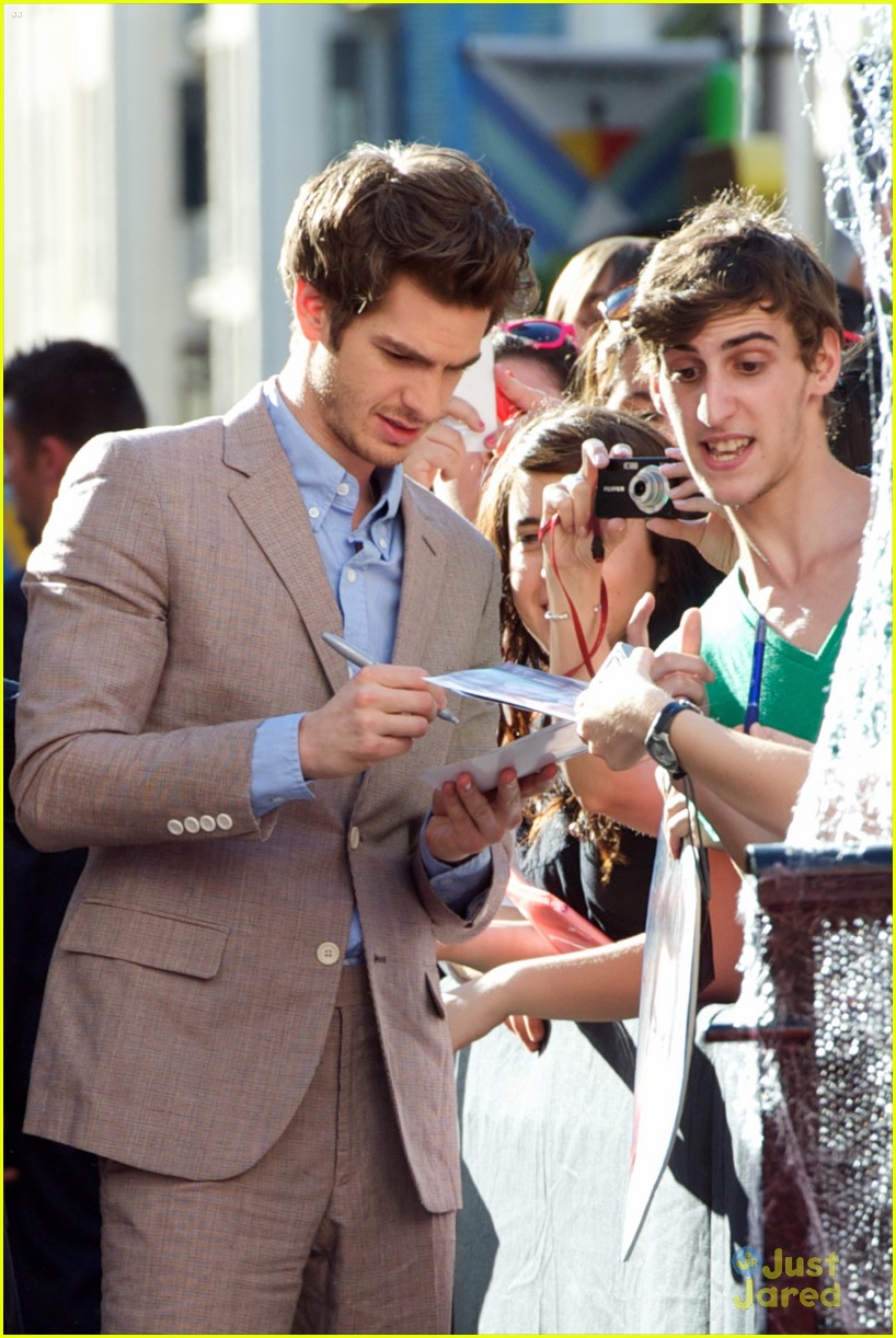 emma stone andrew garfield madrid 14