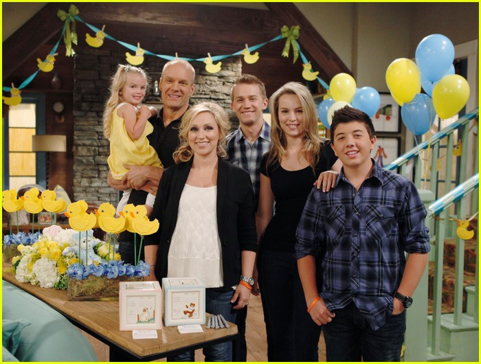 good luck charlie toby duncan 08