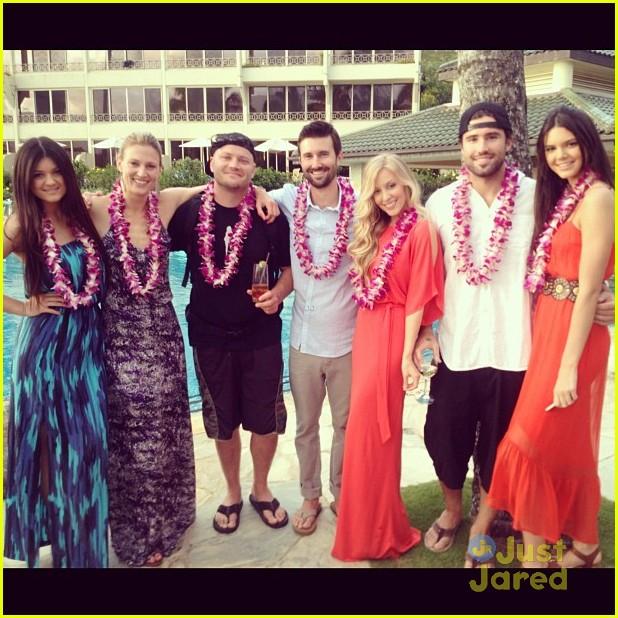 kendall kylie jenner wedding hawaii 03