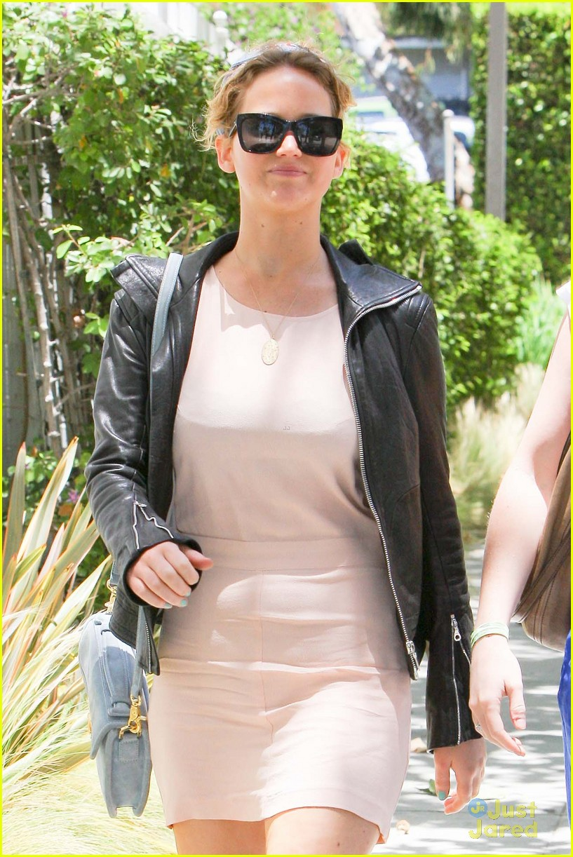 jennifer lawrence lunch saturday 08