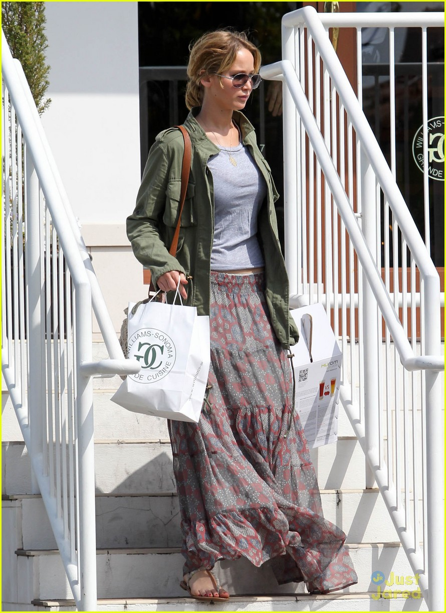 jennifer lawrence sunday shopping 06