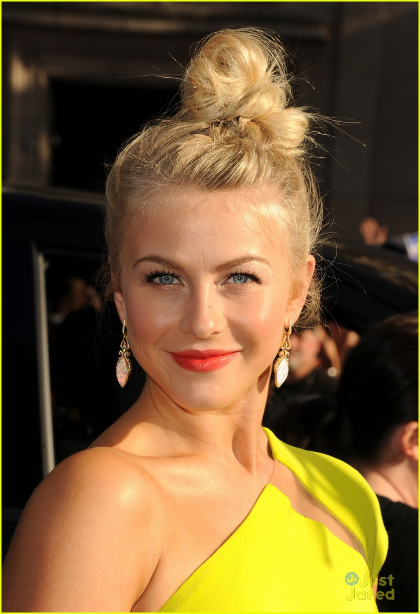 julianne hough roa la 11