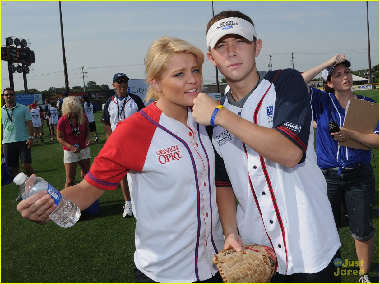 lauren alaina softball city hope 04