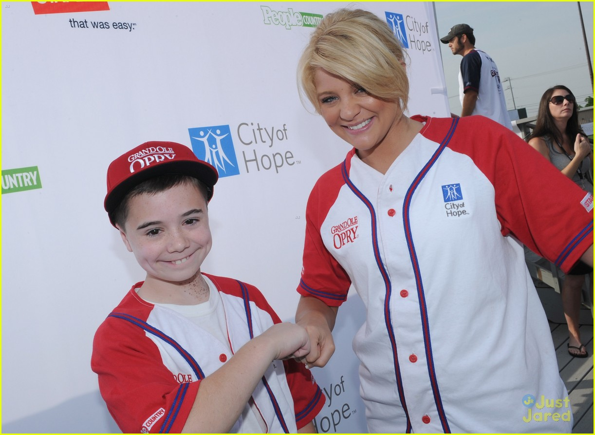 lauren alaina softball city hope 07