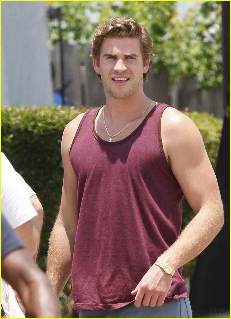 liam hemsworth empire state set 02