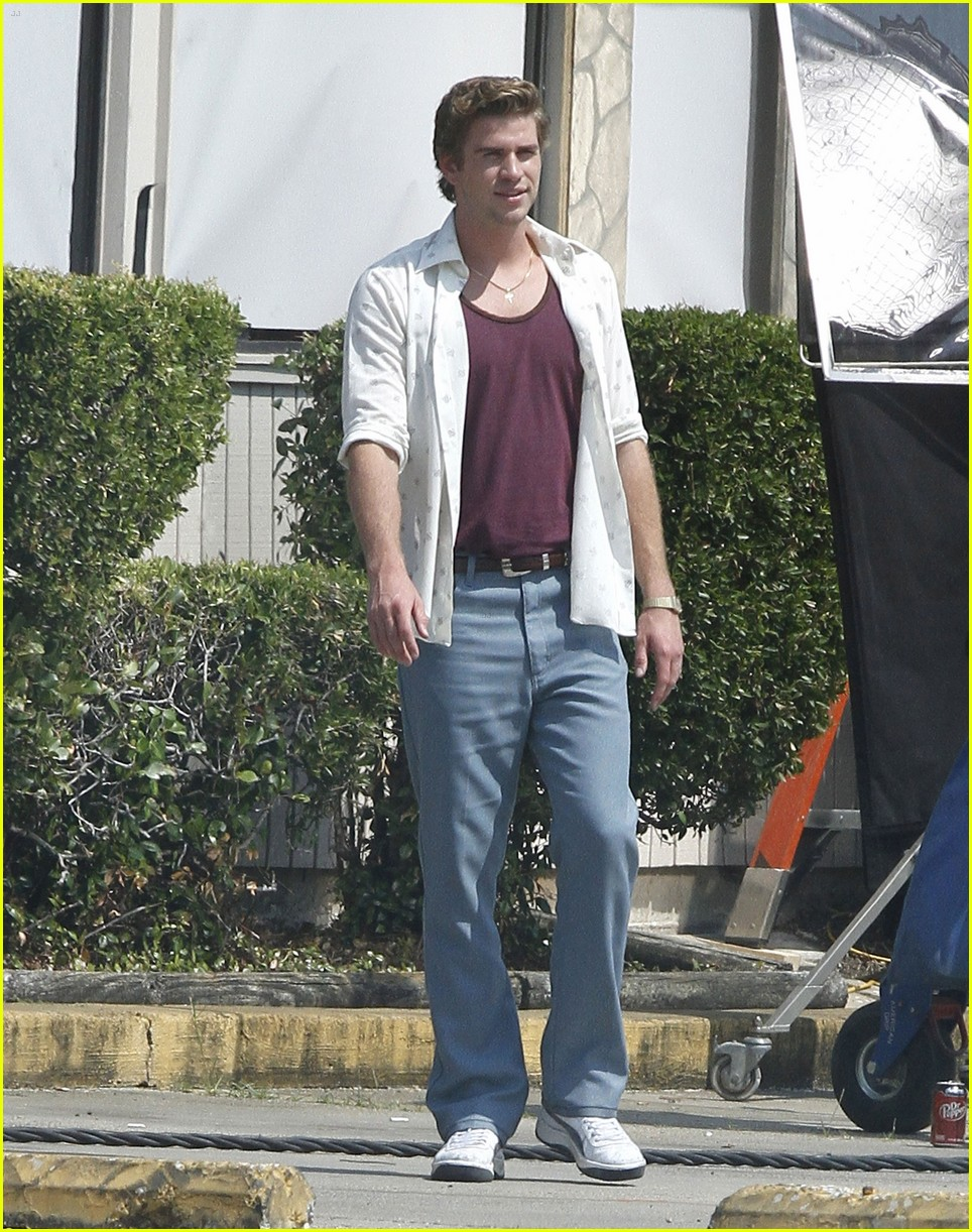 liam hemsworth empire state set 08