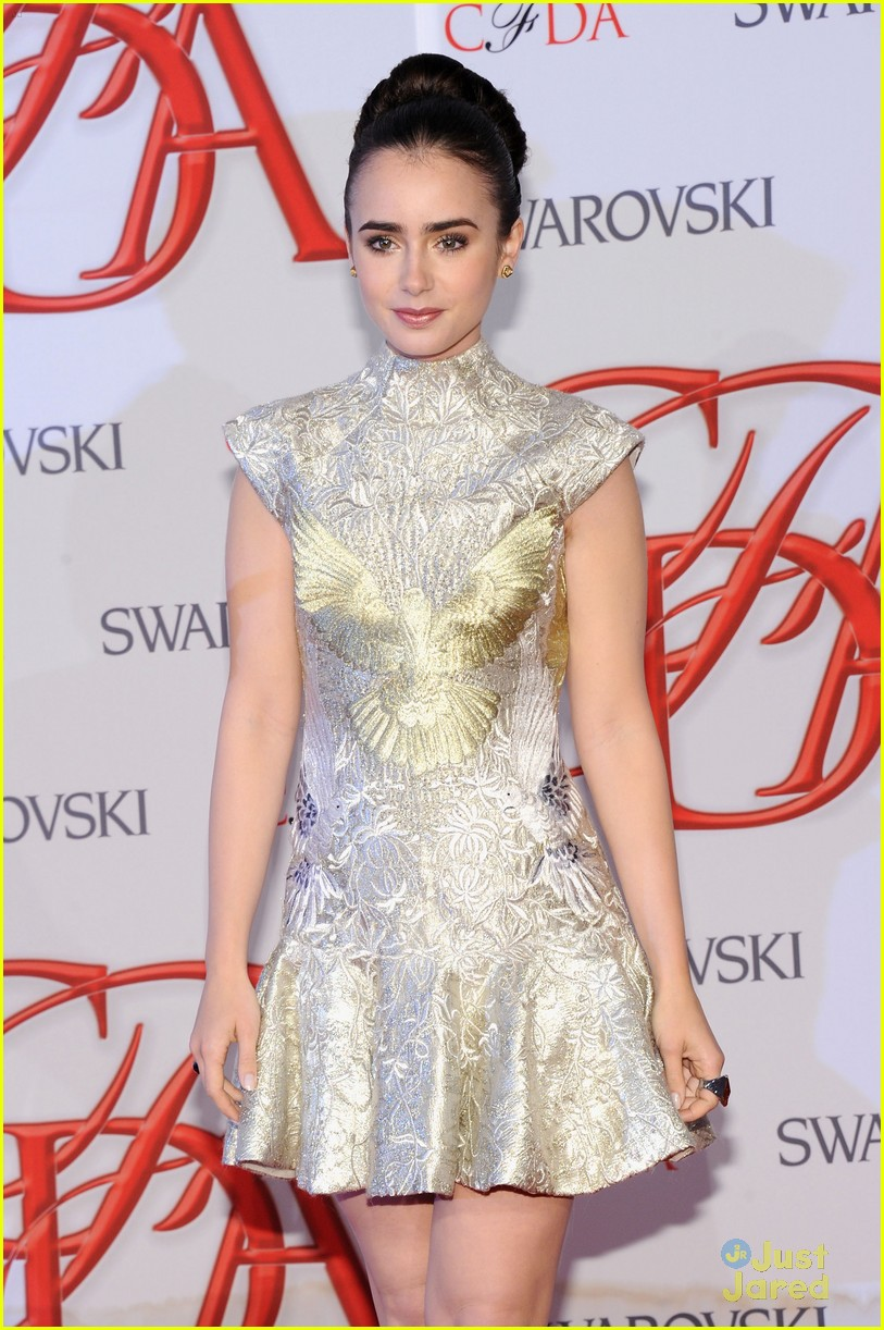 lily collins cfda awards 01