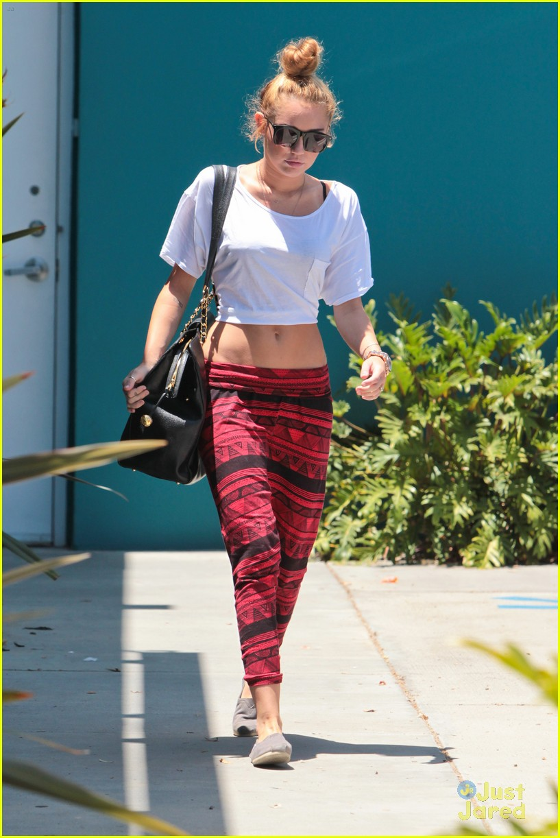 miley cyrus tribal pants 09