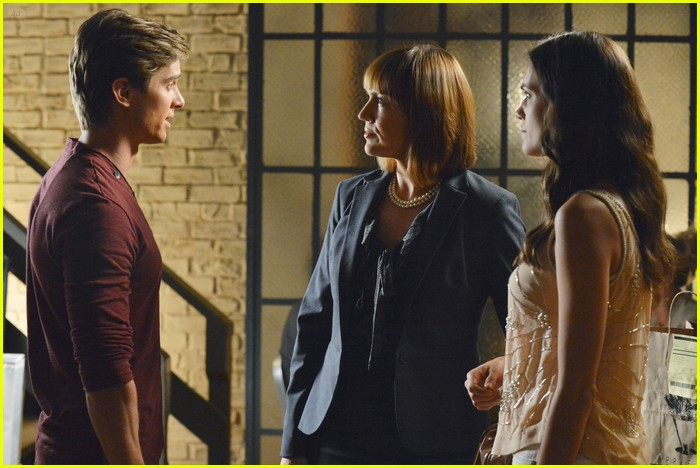 pll birds feather stills 02