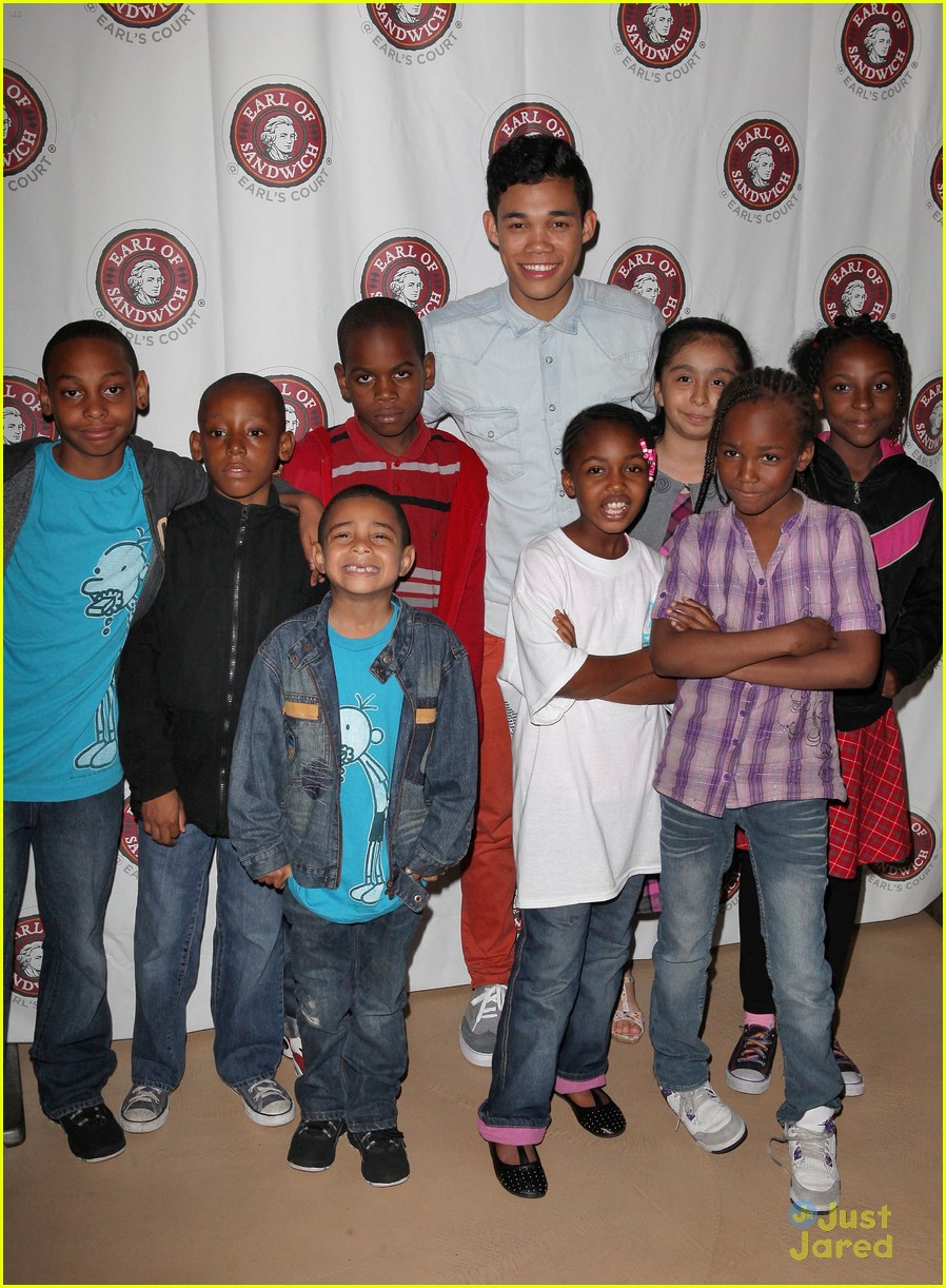 roshon fegan mlb fan cave 11