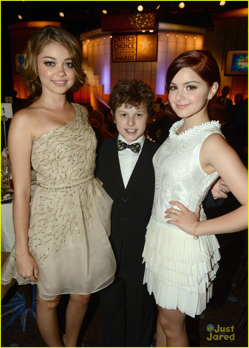 ariel winter sarah hyland critics choice 10