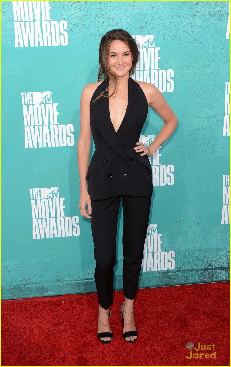 shailene woodley mtv movie awards 05