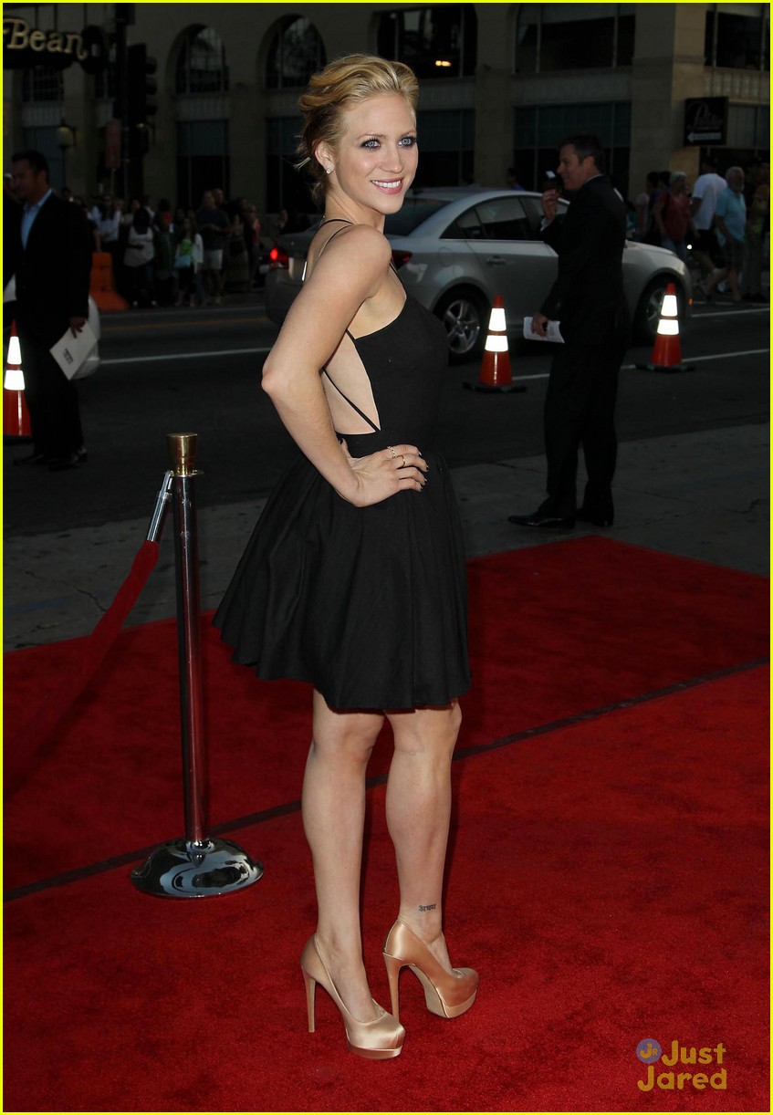 brittany snow ted premiere 10