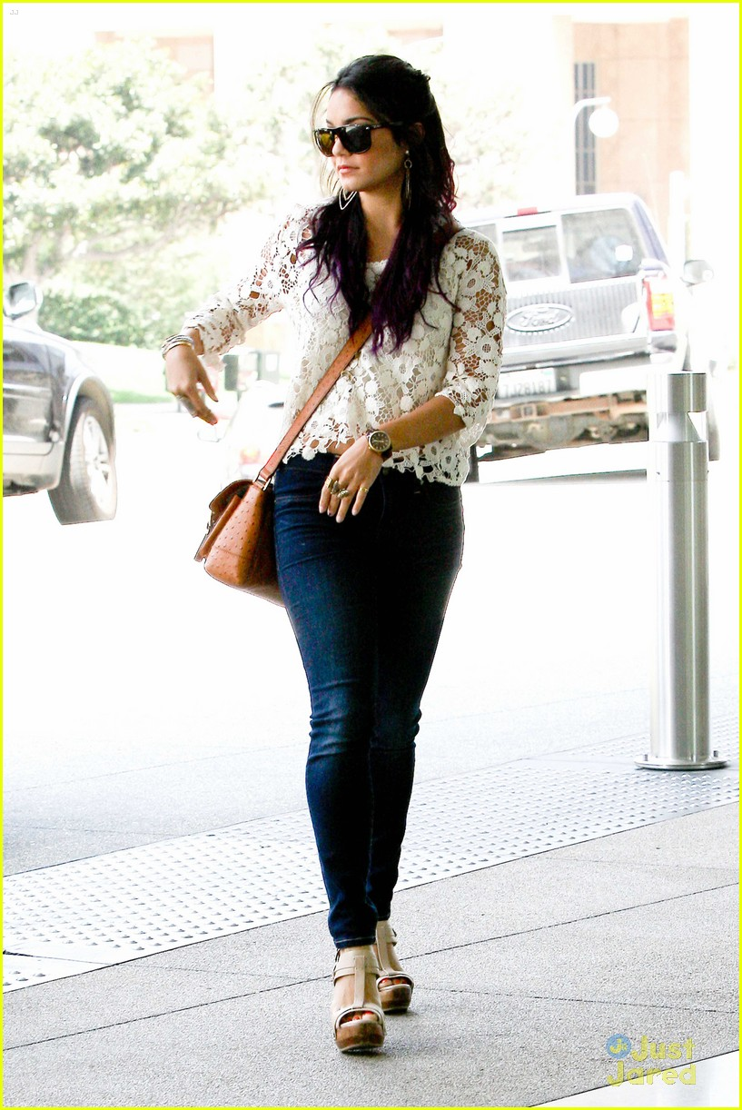 vanessa hudgens century city mom 15