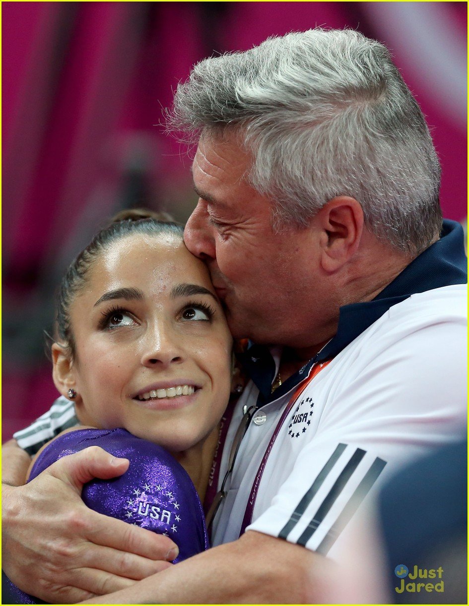 alexandra raisman jordyn out allaround 02