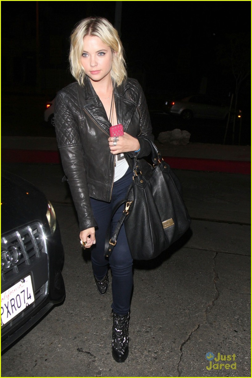 ashley benson brit scary 01