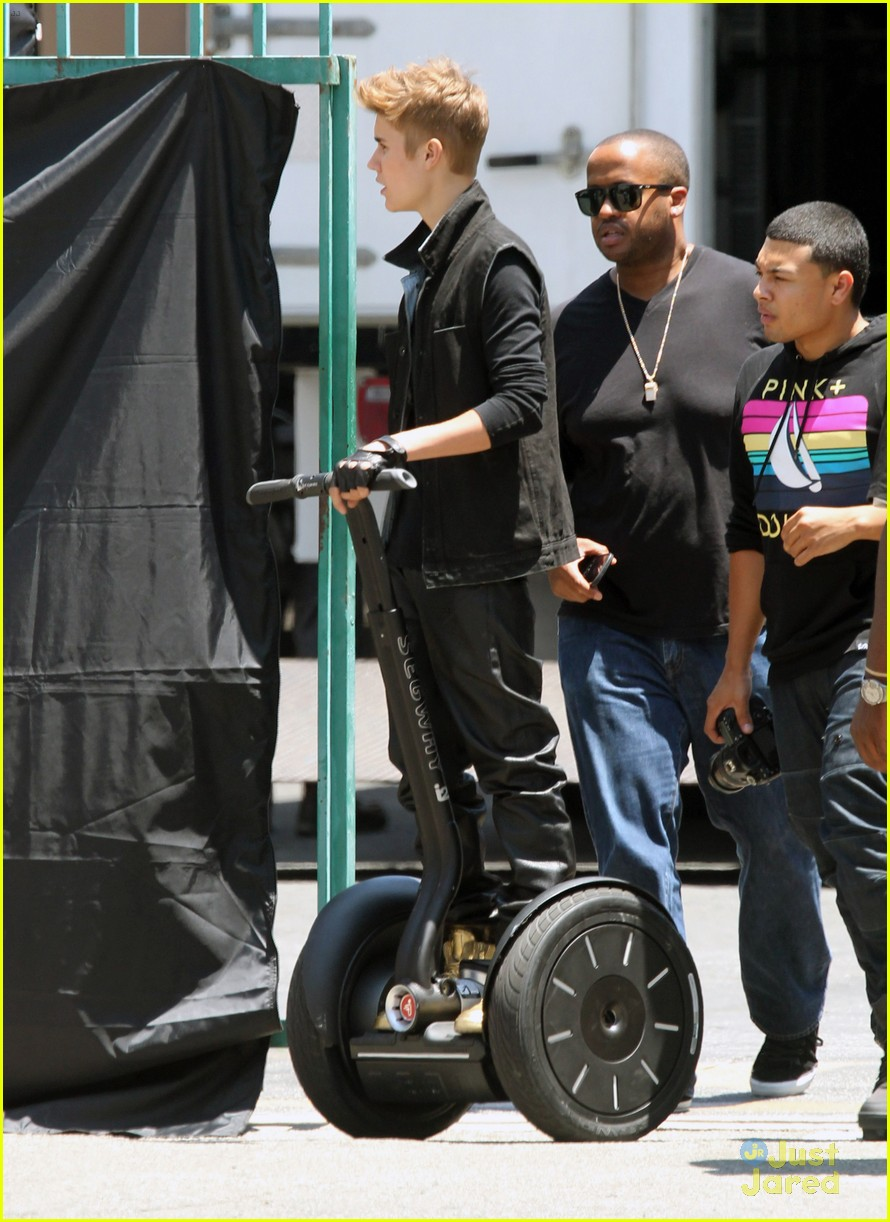 bieber music video 13