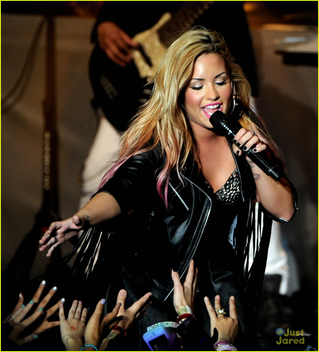 demi lovato greek la concert 12