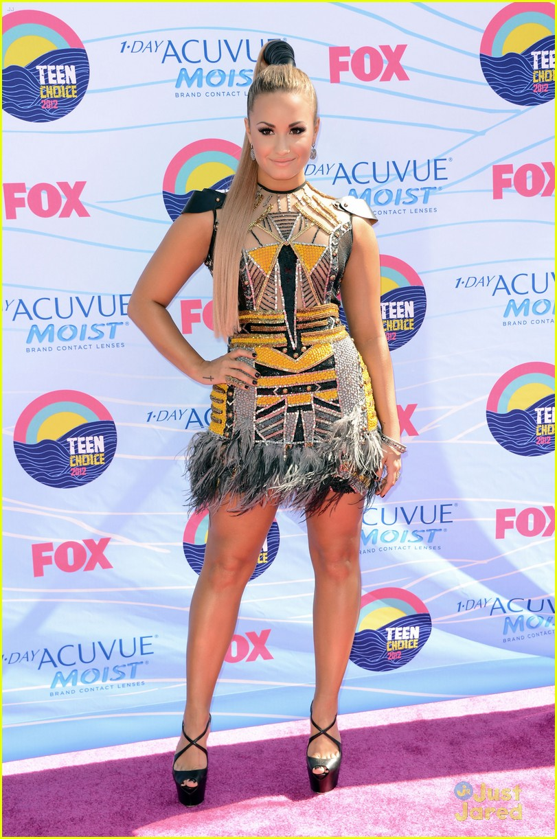 demi lovato tcas 2012 04