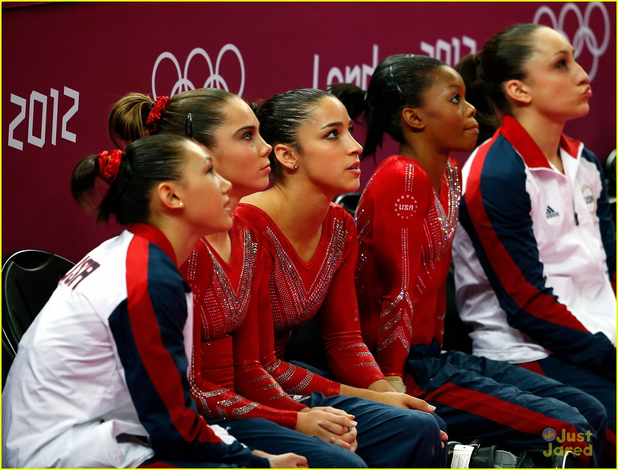 us gymnasts win gold 10