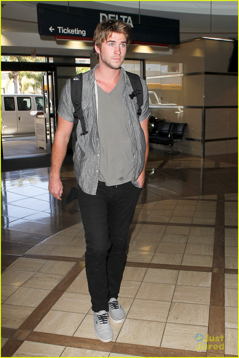 hemsworth airport 11