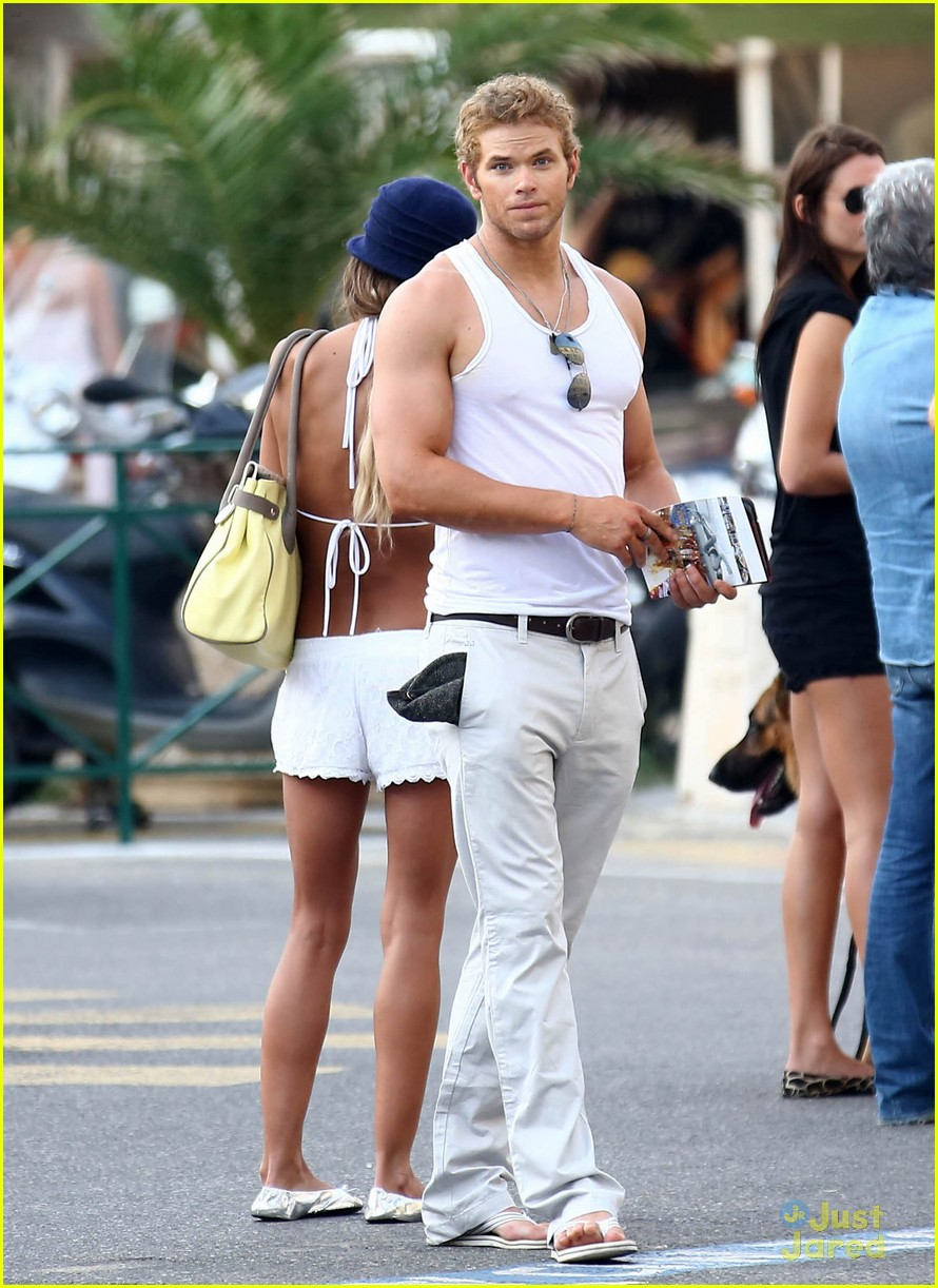 kellan lutz sharni vinson france 02