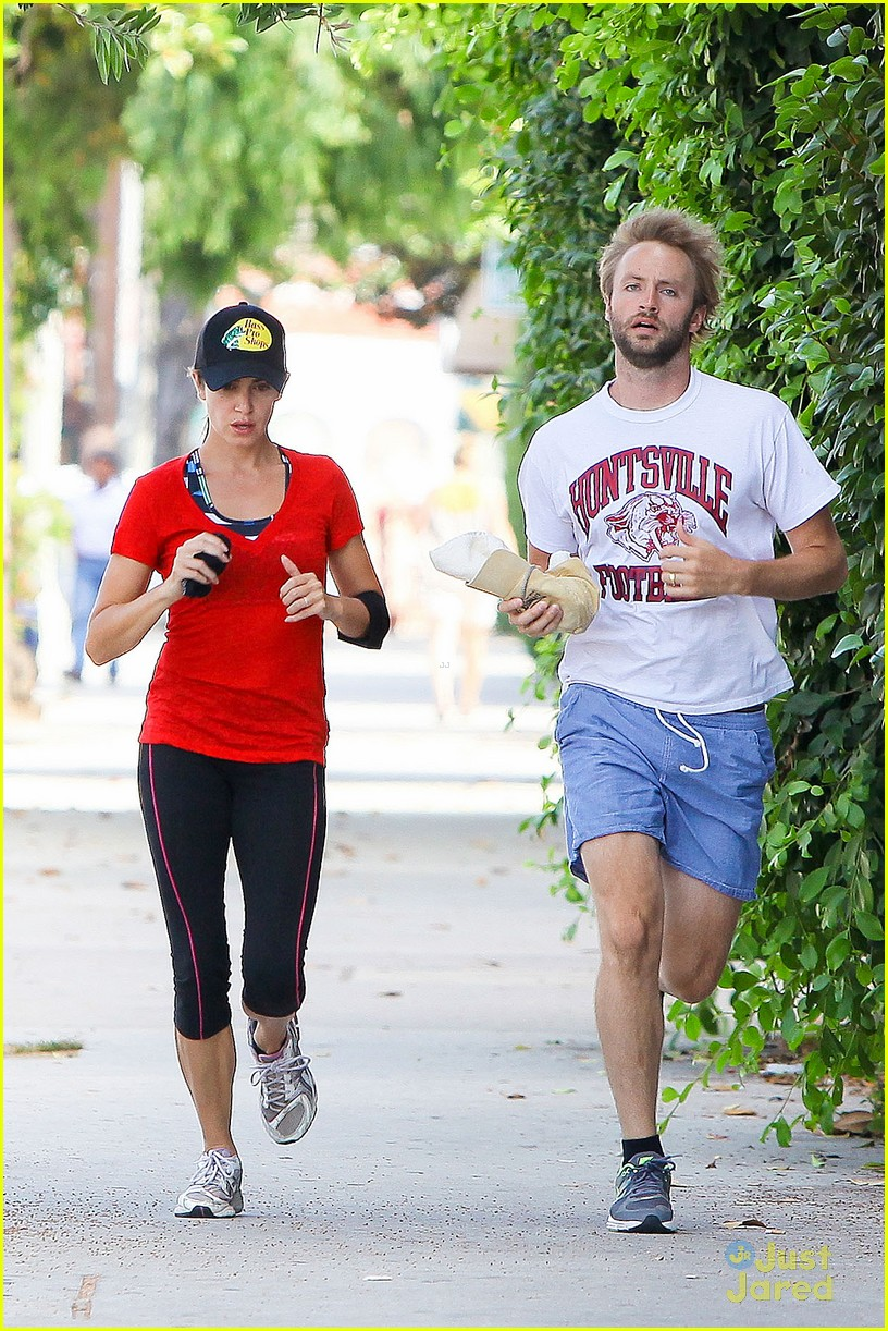 nikki reed jog paul mcdonald 08