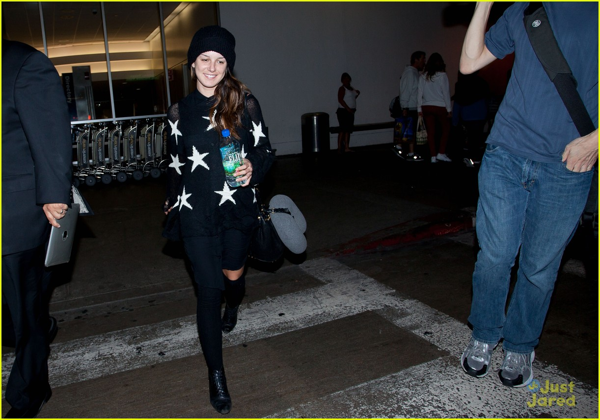 shenae grimes lax stars 02