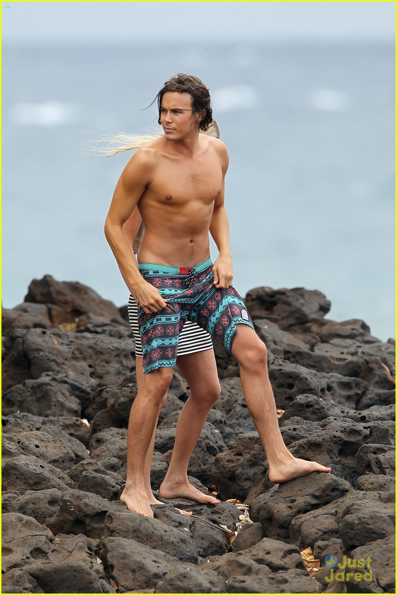 tyler blackburn hawaii vacation 03