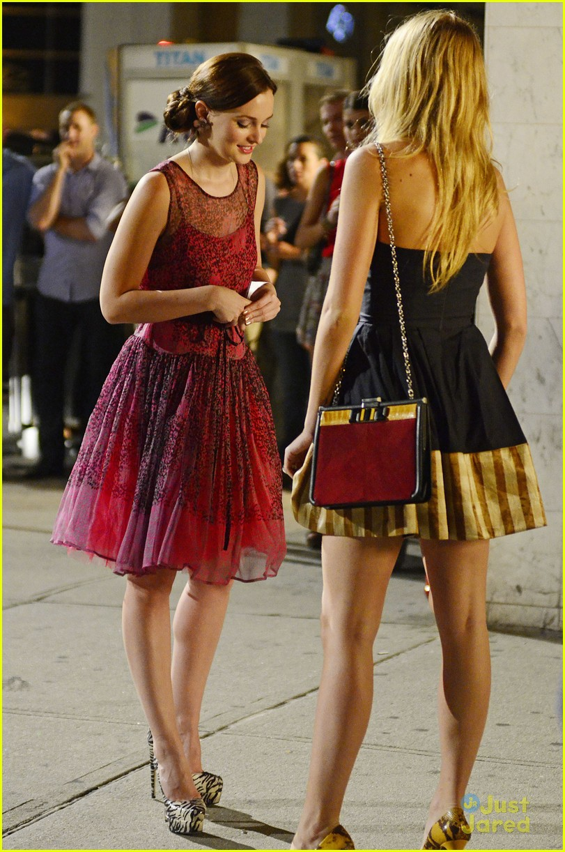 blake lively leighton meester gg night 04