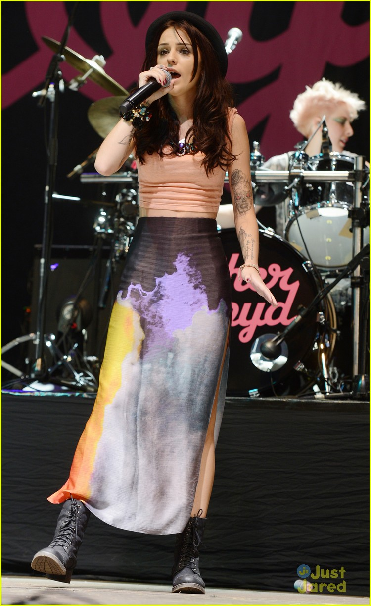 cher lloyd us sticks stones 02