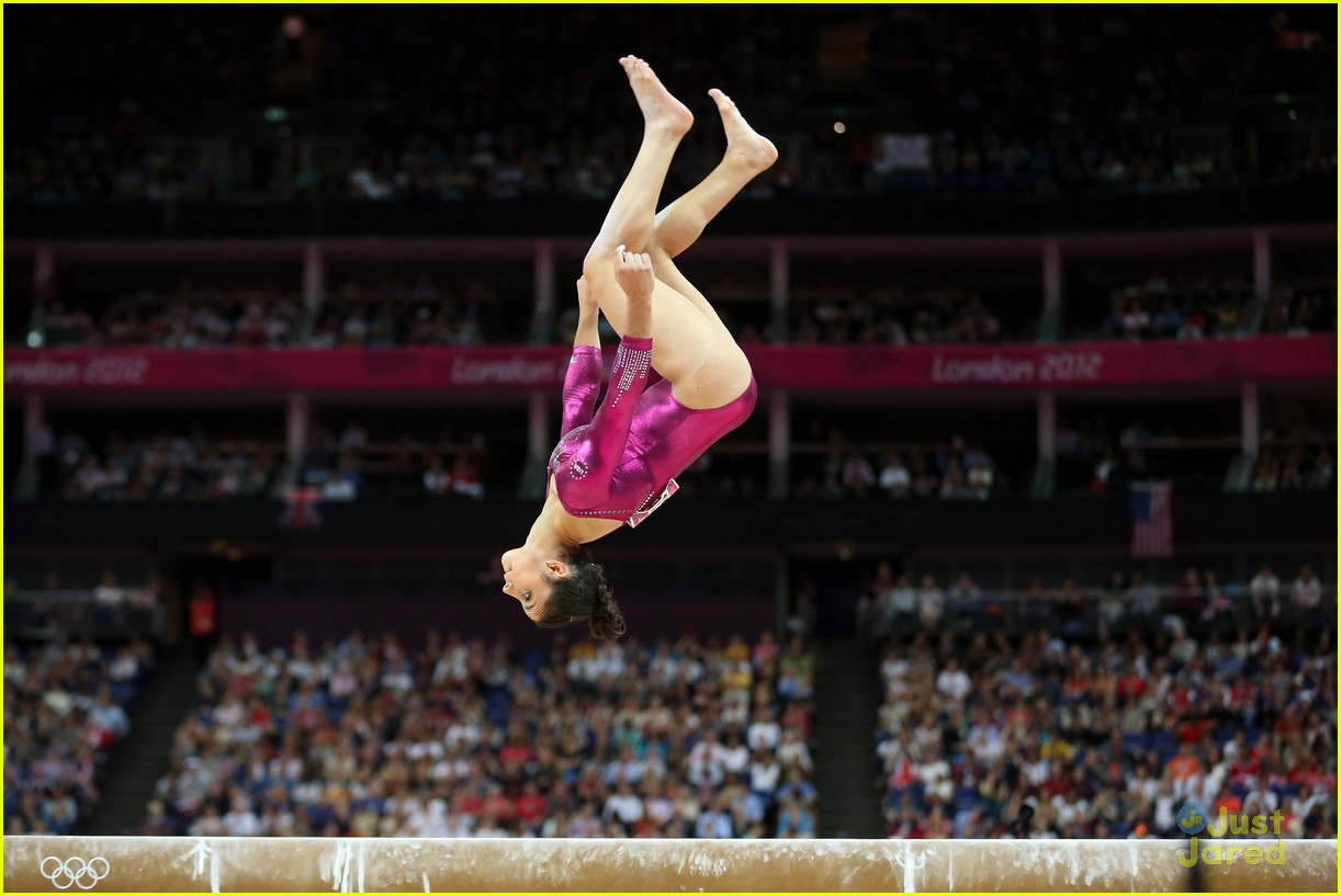 gabrielle douglas gold all around 18