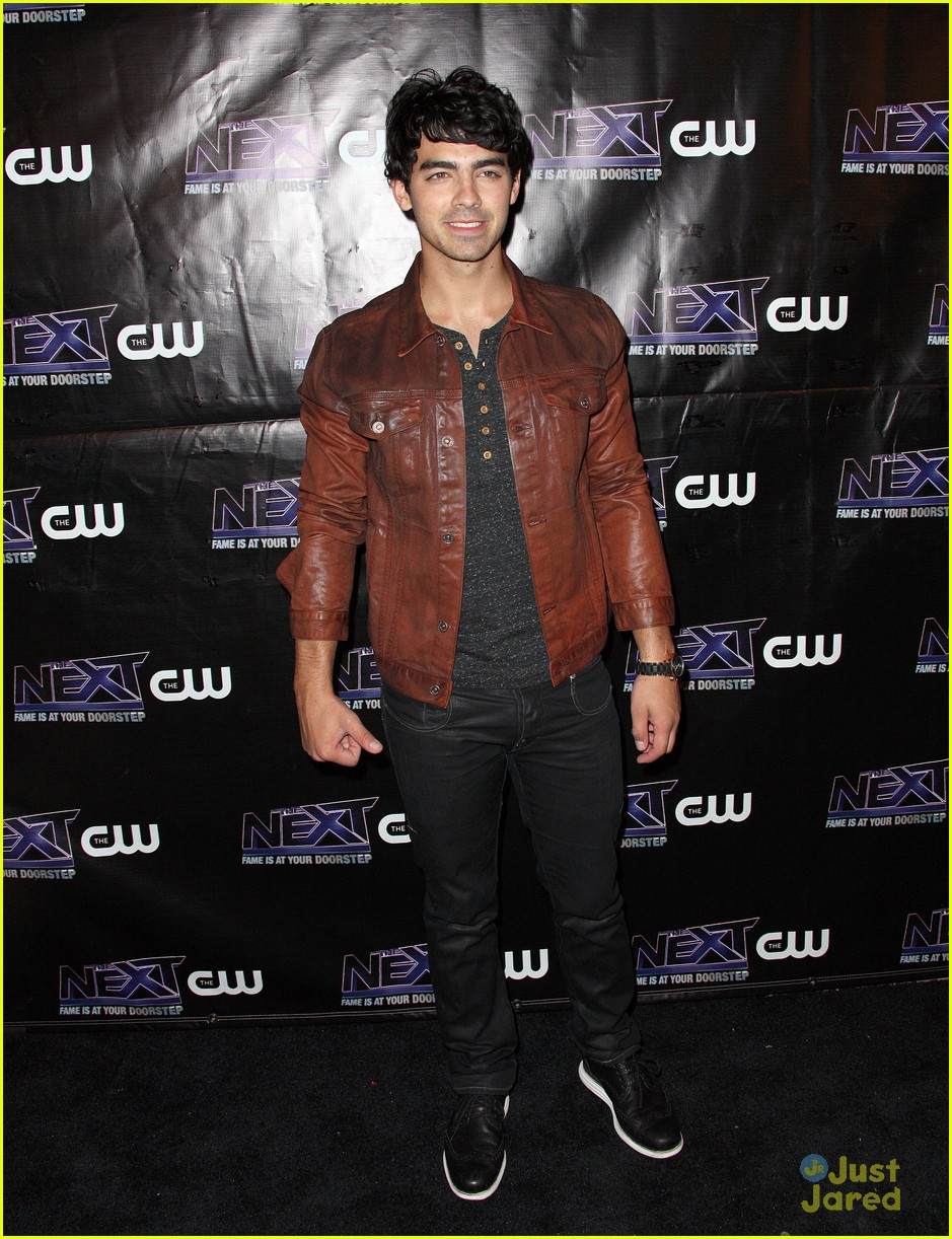 joe jonas bday cw next 06