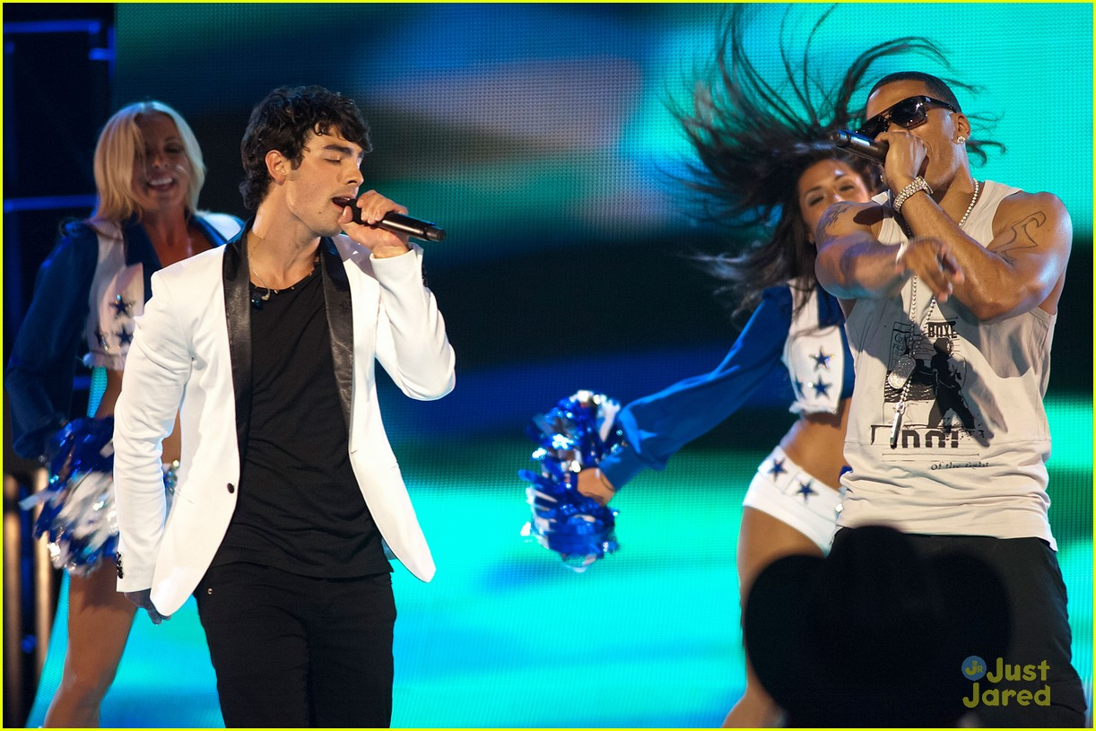 joe jonas next dallas 11
